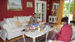 Alexander-Klaus Stecher im Gespräch mit SZ-Autorin Astrid Becker. Foto: Torsten Fricke