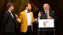 Einer der Höhepunkte der Gala Die Goldene Deutschland: Gastgeber Alexander-Klaus Stecher (Mitte)  bittet Jonas Kaufmann und Plácido Domingo um ein Duett. Foto: Agentur Schneider-Press/W.Breiteneicher